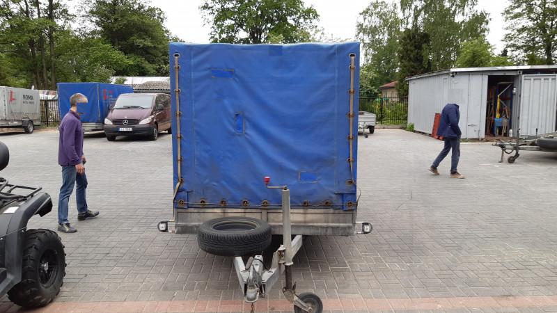 RB 2111 Kravas kaste ar tentu