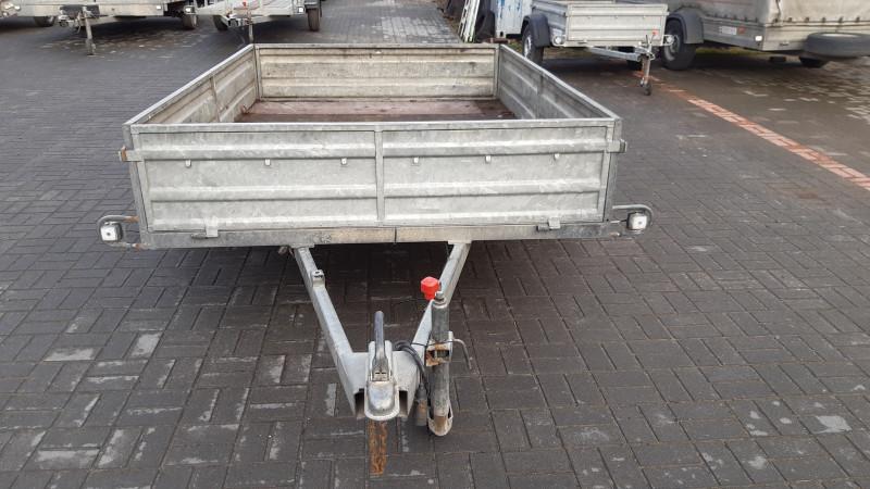 RB 1101 Piekabe kravas kaste